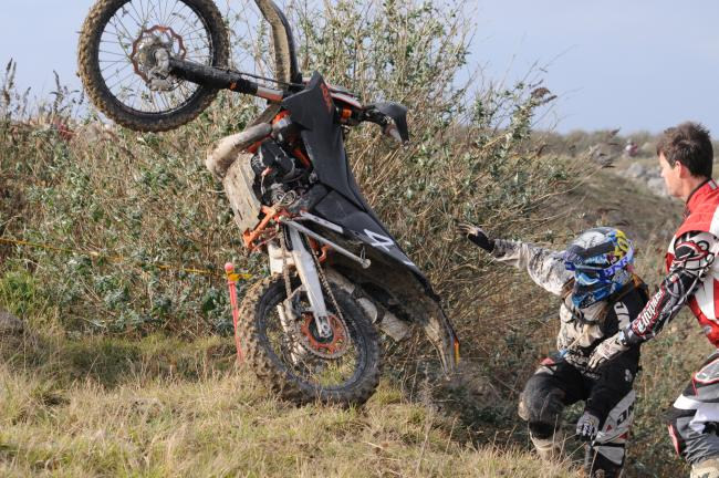 track n trail enduro in a quarry !! 012